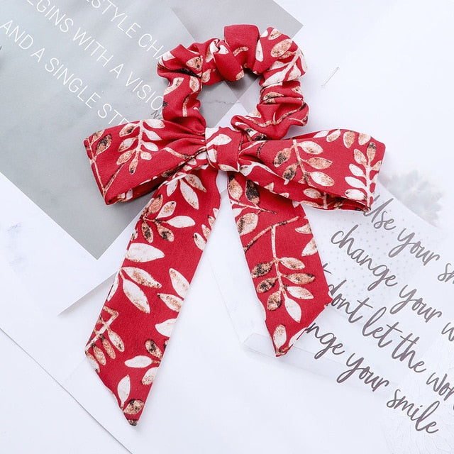 Satin scrunchie with detachable ribbon, red white color