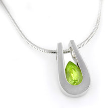 Load image into Gallery viewer, Sterling Silver Peridot Pendant