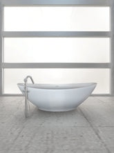 Load image into Gallery viewer, Hydro Systems LOG7238HTO Logan 72 X 38 Metro Collection Soaking Tub