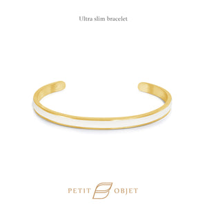 Engravable Ultra Slim Leathered-Bangle in Gold