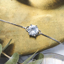 Load image into Gallery viewer, Diamond Crown Bracelet  BL019
