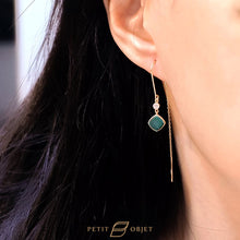 Load image into Gallery viewer, Vintage Malachite Gem earrings E044
