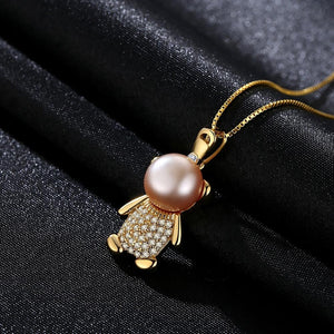 Rose gold pearl cartoon bear pendant necklace