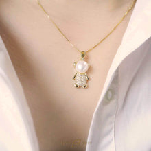 Load image into Gallery viewer, Rose gold pearl cartoon bear pendant necklace
