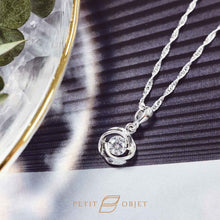 Load image into Gallery viewer, Rose diamond pendant necklace