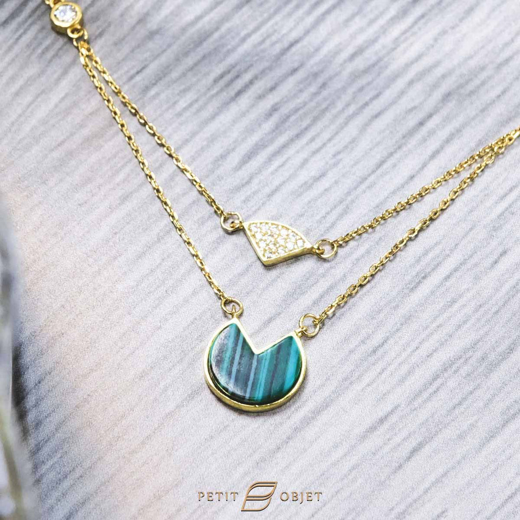 Diamond Triangle Necklace N026