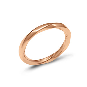 Polished rose gold ring with minimal twisted design