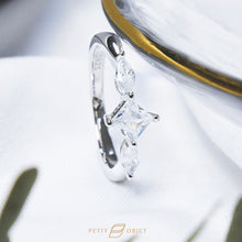Load image into Gallery viewer, Dainty diamond ring R035