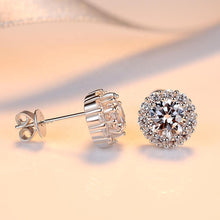 Load image into Gallery viewer, Floral design diamond earrings