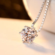 Load image into Gallery viewer, 18K white gold six-claw diamond necklace