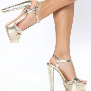 Open image in slideshow, Carrie Champagne Gold Heels