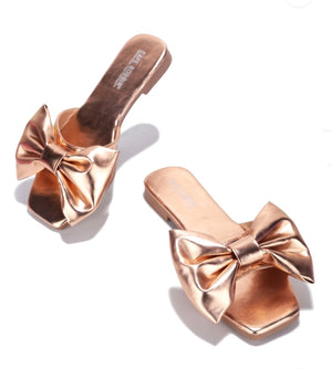 Open image in slideshow, Rose Gold Bow Flats
