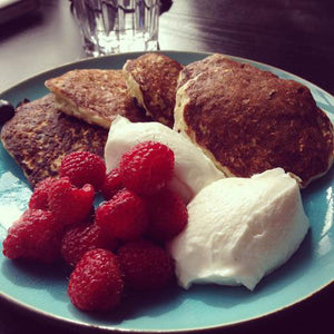 CHIA AND BLUEBERRY PROTEIN PANCAKES