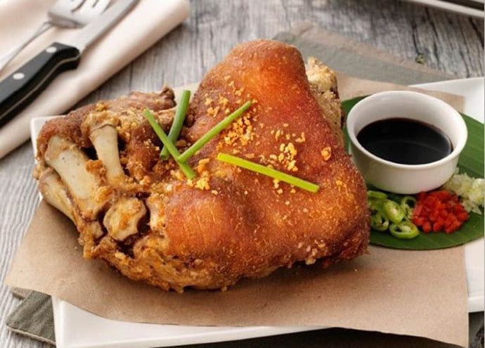 How to Make a Crispy Pata / Fried Pork Leg