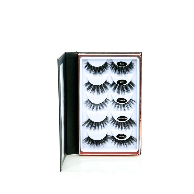 Risque'y Mink 3D Long Volume Lash Book