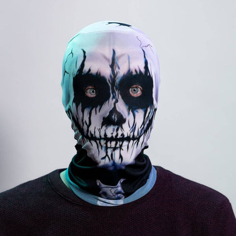 MAN WEARING A SILVER GREY BLACK SKULL SCARY HALLOWEEN MASK with a black shirt