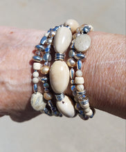 Load image into Gallery viewer, Neutral Tagua Bead Bracelet