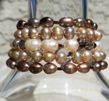 Load image into Gallery viewer, French Mocha Pearl Bracelet