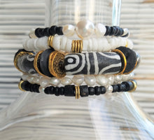 Load image into Gallery viewer, African Krobo Bead Bracelet