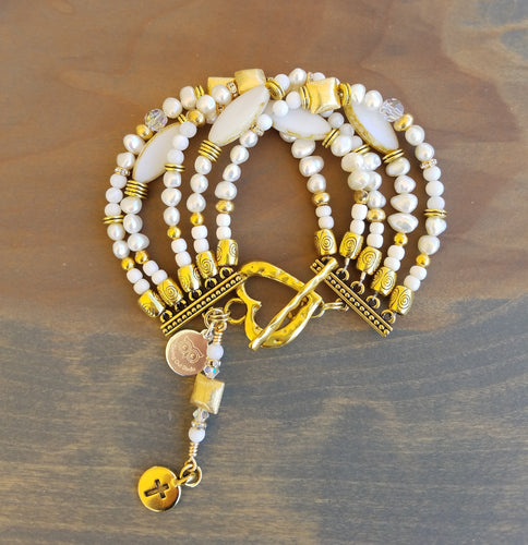 Golden White Pearl and Shell Bracelet