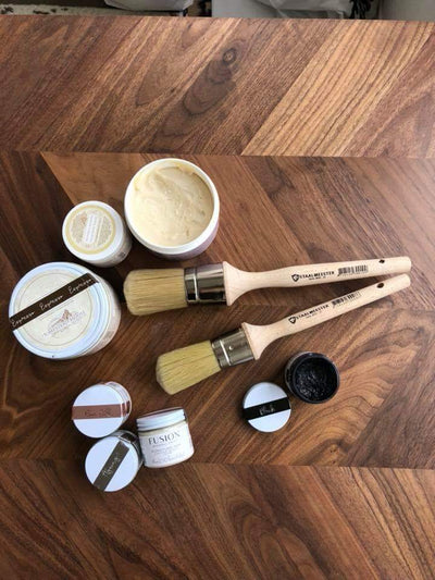 Staalmeester wax brush - DIY Fusion Mineral Paint - Farmhouse Inspired