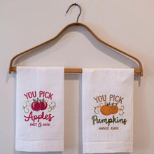 Load image into Gallery viewer, You Pick Pumpkins Guest Towel