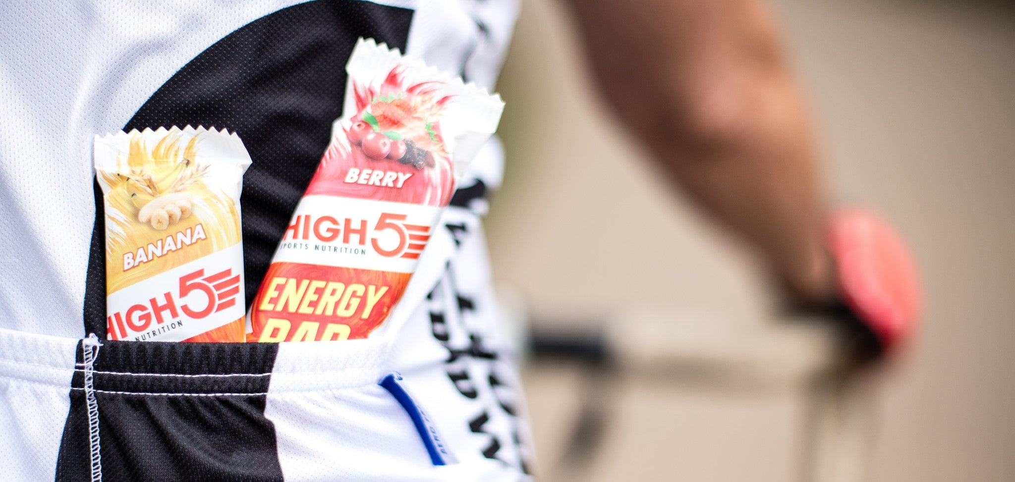 HIGH5 Energy Bars in a cycling jersey