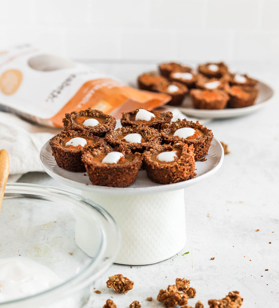 Mini Pumpkin Pie Granola Cups