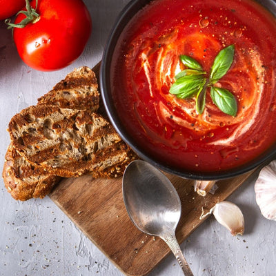 Yogurt & paprika tomato soup: high in protein and delicious!