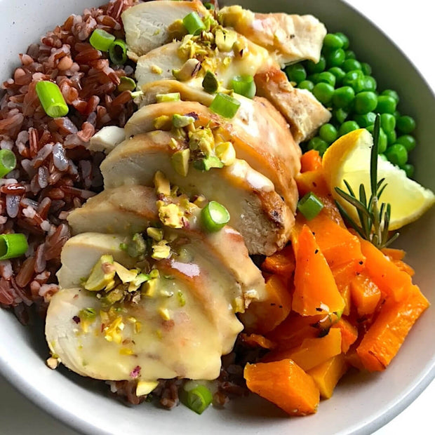 Chicken, vegetables, Hermes red rice, citrus sauce.  A succulent chicken breast served with a sage flavoured red Hermes rice, butternut squash, french peas and herbs, sprinkled with crushed pistachios. We recommend spreading the citrus sauce on top to get the most out of every flavour as in the best Italian tradition.