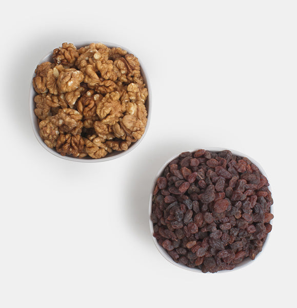 Premium Value Pack of Walnuts And Red Raisin