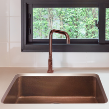 "Load image into Gallery viewer, Villa 30"" x 20"" Copper Sink"