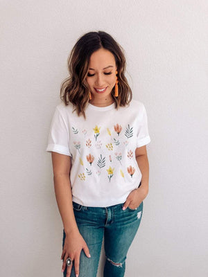 MB Apparels LLC S US women's letter Wild flower T Shirt