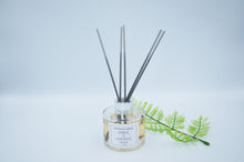 Load image into Gallery viewer, Amber & Lavender Reed Diffuser 120ml