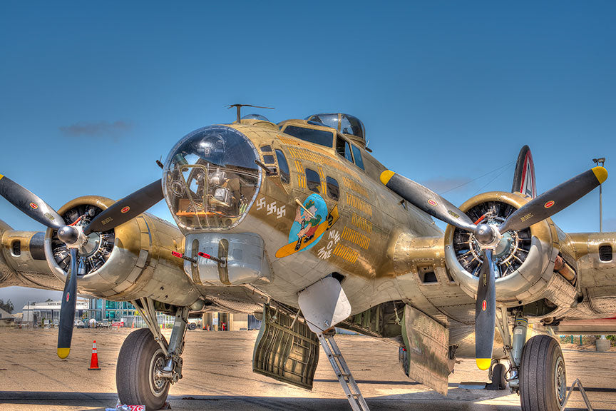airplane, bomber, war, b-17, world, flying, aircraft, plane, air, fortress, propeller, force, states, aviation, united, vintage, b, military, flight, 17, b17, retro, ww2, wwii, historic, sky, ii, army, heavy, two, runway, 2, old, airforce, forces, warfare, transportation, american, historical, history, transport, healthy, background, artwork, circle, graphic, food, sunburst, fly, usa