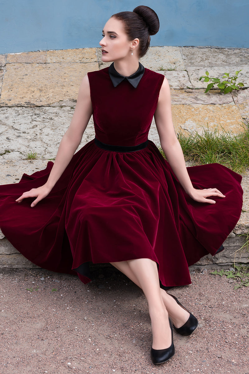 Load image into Gallery viewer, Burgundy Velvet Short Dress