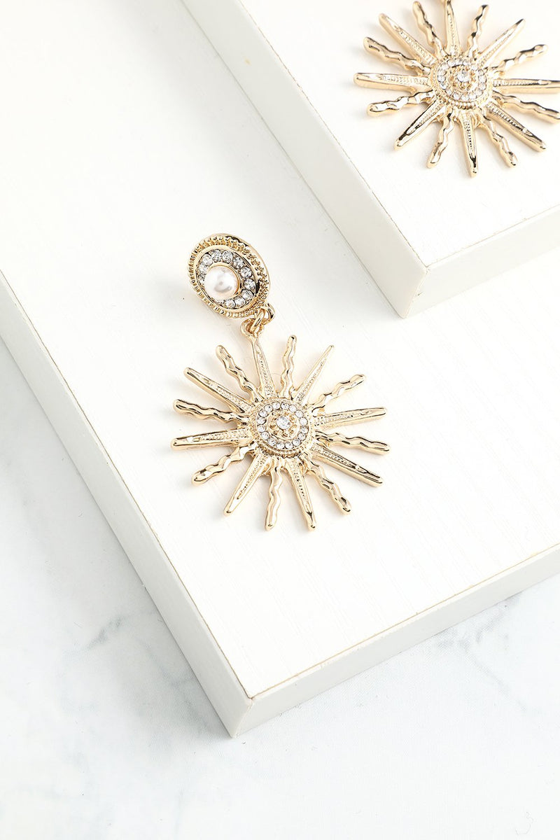 Load image into Gallery viewer, Sunflower Drop Earrings