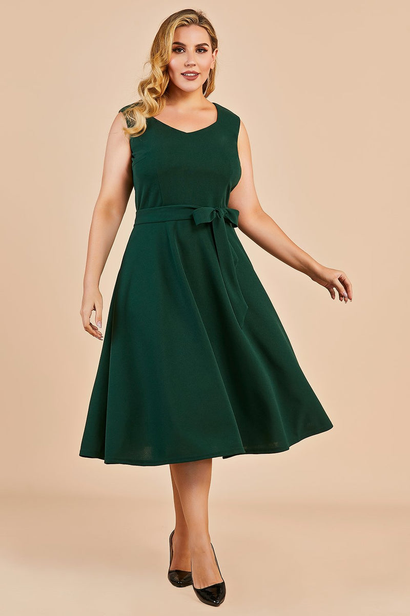 Load image into Gallery viewer, Dark Green Plus Size Vintage Swing Dress