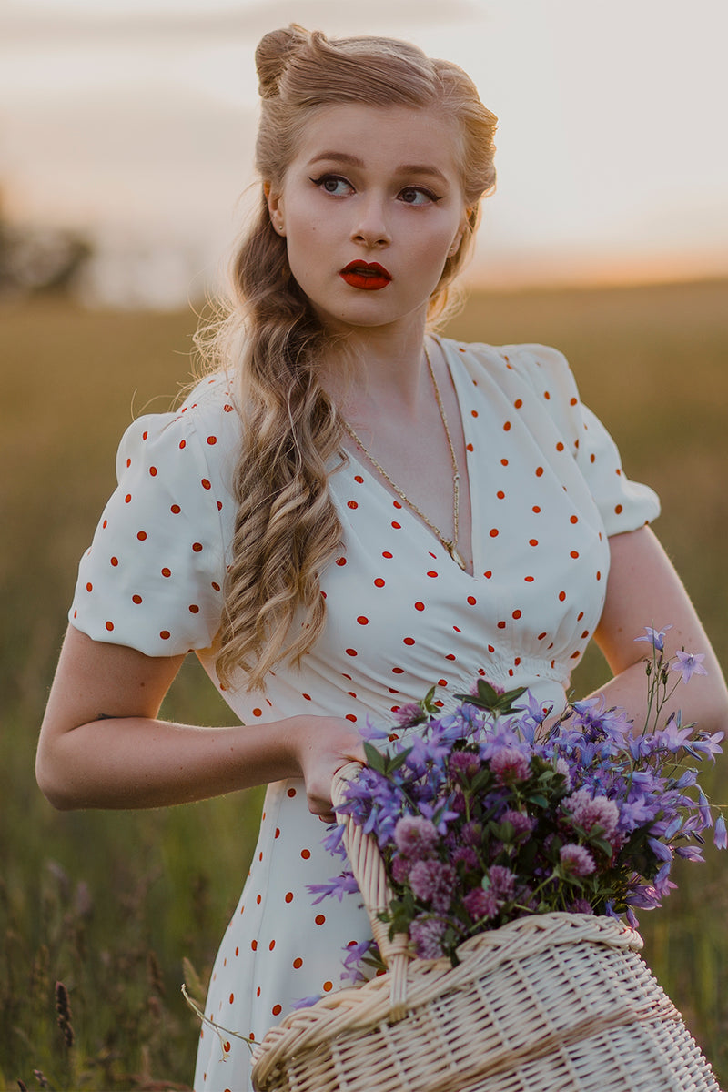 Load image into Gallery viewer, 1950s Polka Dots Ivory Dress