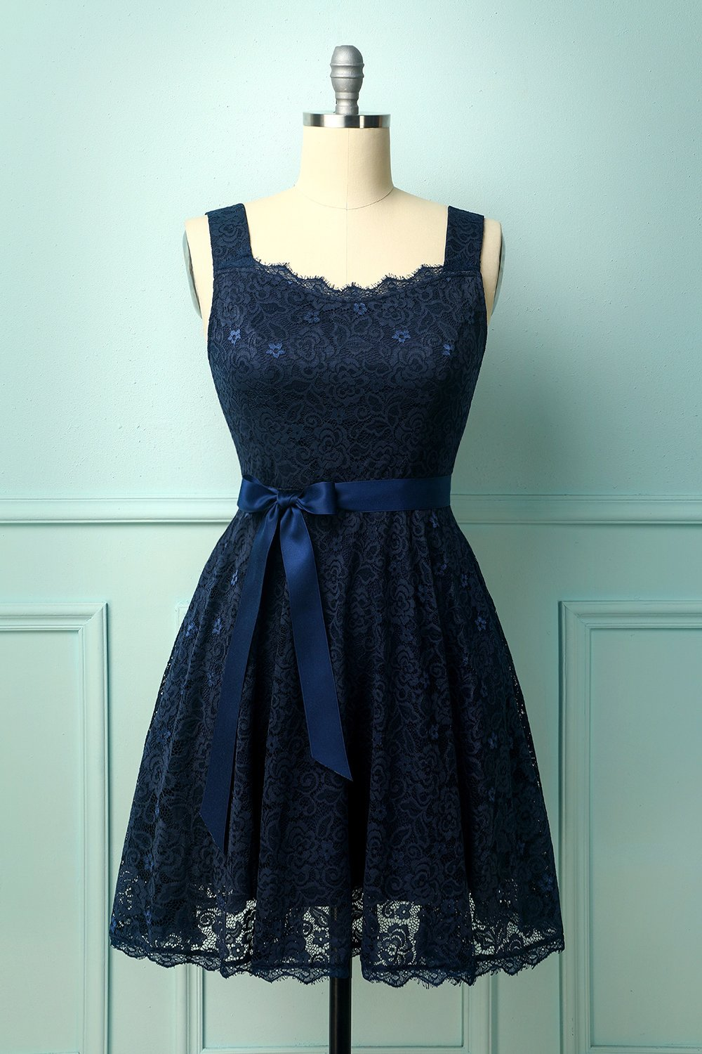 Navy Sleeveless Lace