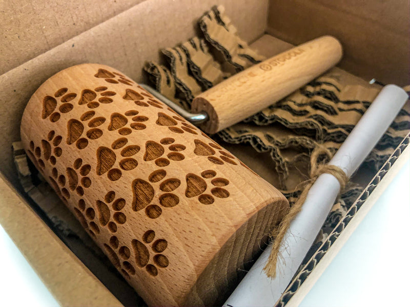Rolling Pin Embossed With DOG PAWS Pattern For Baking Engraved cookies Size Roller 4 inch