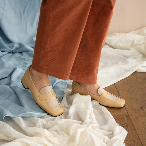 About Arianne Rohmer Loafer in Tan