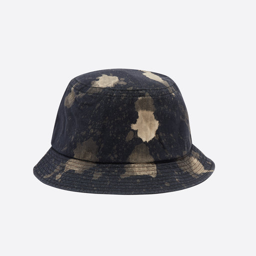 Câbleami Bleached Herringbone Bucket Hat in Black