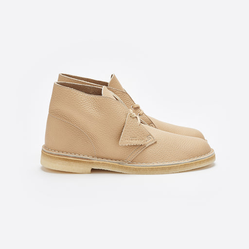 Clarks Originals Desert Boot In Off White Leather