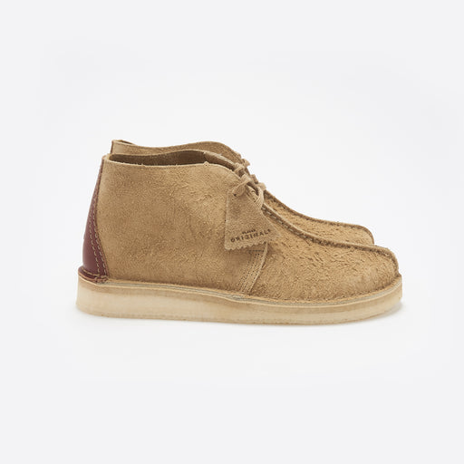 Clarks Originals Desert Trek Hi in Oak Suede