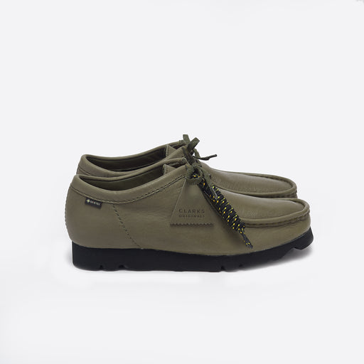 Clarks Originals Wallabee GTX in Olive Leather