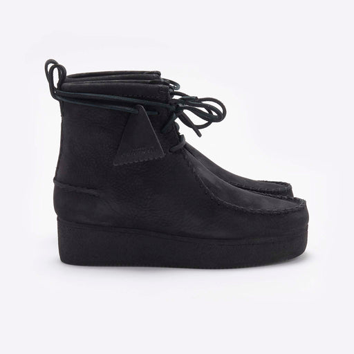 Clarks Originals Wallabee Craft Boot in Black Nubuck