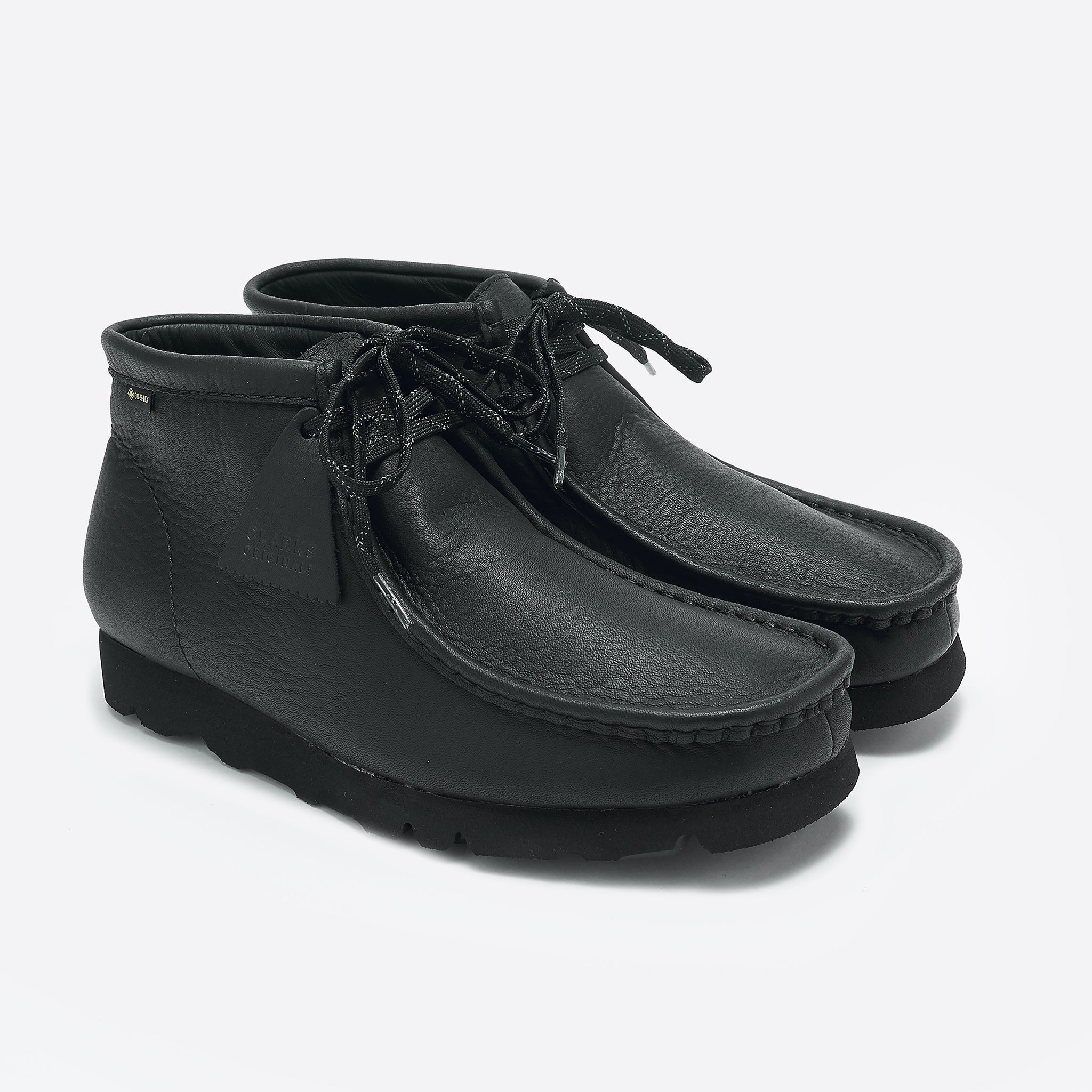 Clarks Originals Wallabee GTX in Black Leather