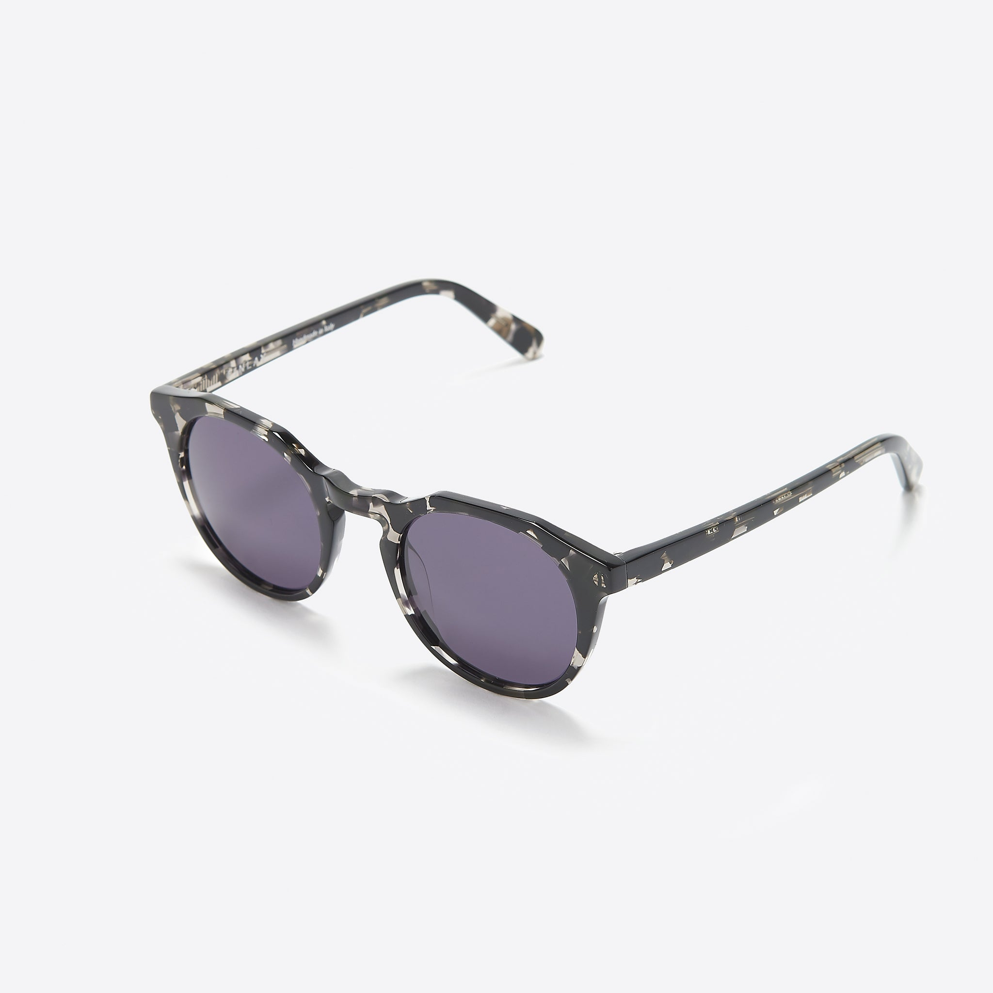 1f7fb5f382d26 FINLAY London Archer Sunglasses in Black Stone — Our Daily Edit