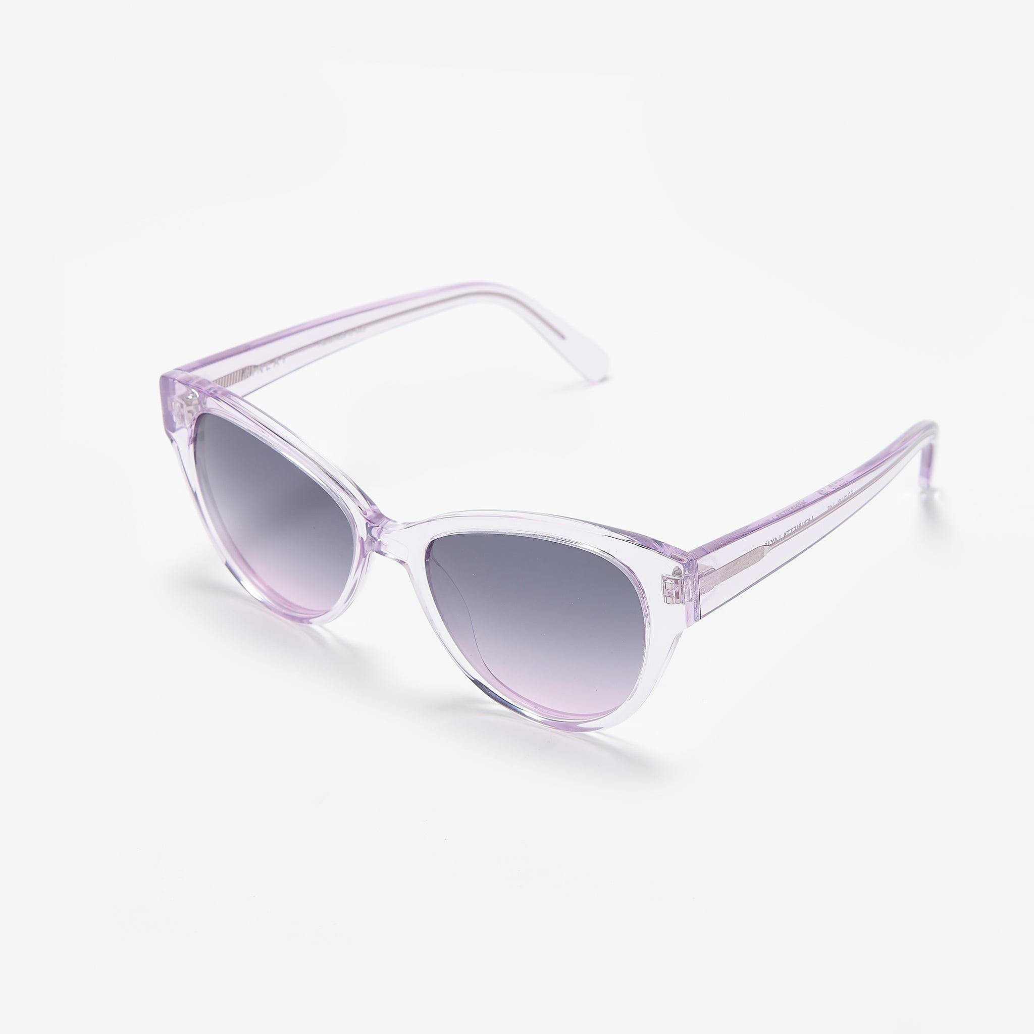 FINLAY London Henrietta Sunglasses in Lavender Grey
